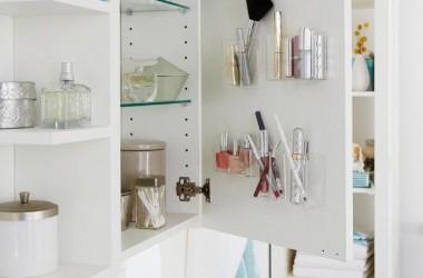 Szafka łazienkowa – dodatkowe półeczki
