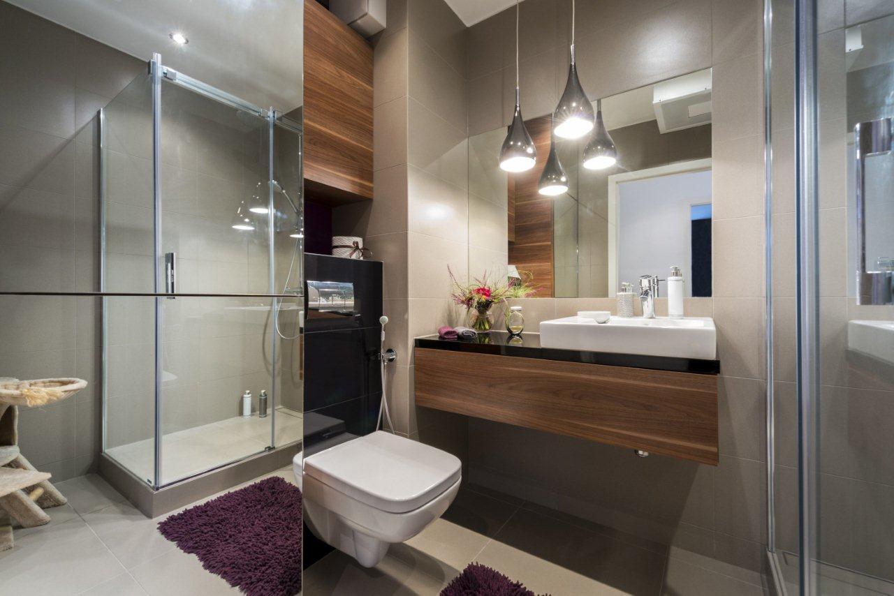 Mała łazienka - umywalka nablatowa