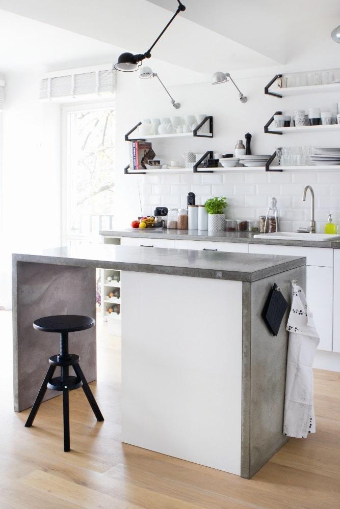 Wyspa kuchenna z blatem z betonu  Morgan & Möller