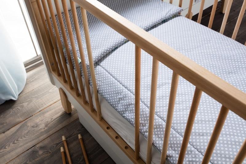 Meble dziecięce Pinio - łóżeczko