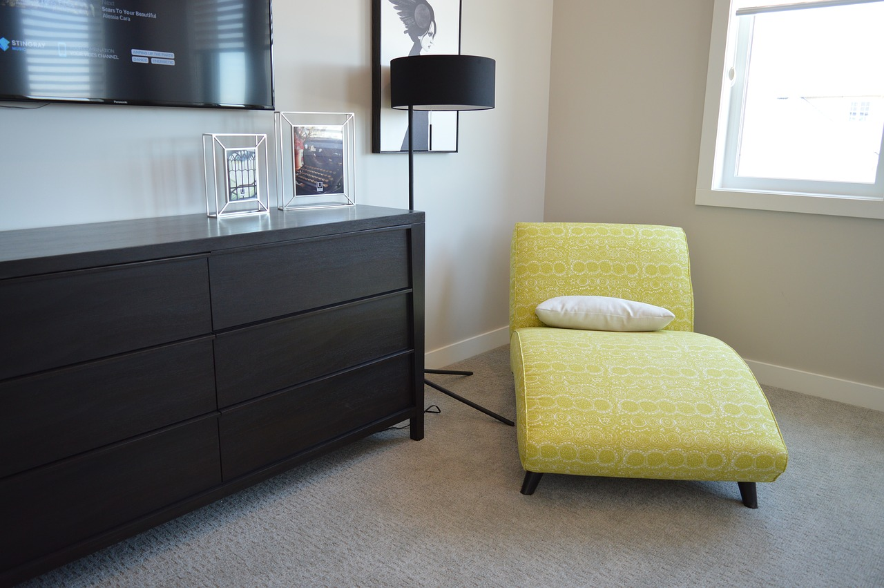 Wykładzina duwanowa na ogrzewanej podłodze w salonie. Fot.pixabay-com
