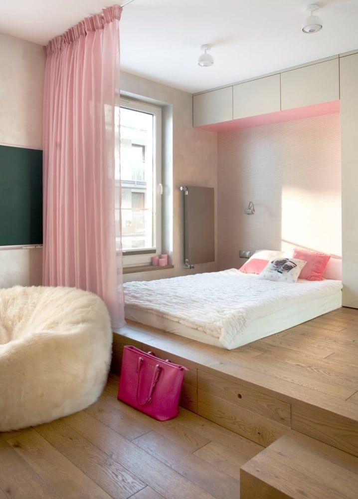 Sypialnia nastolatki - łóżko na podeście