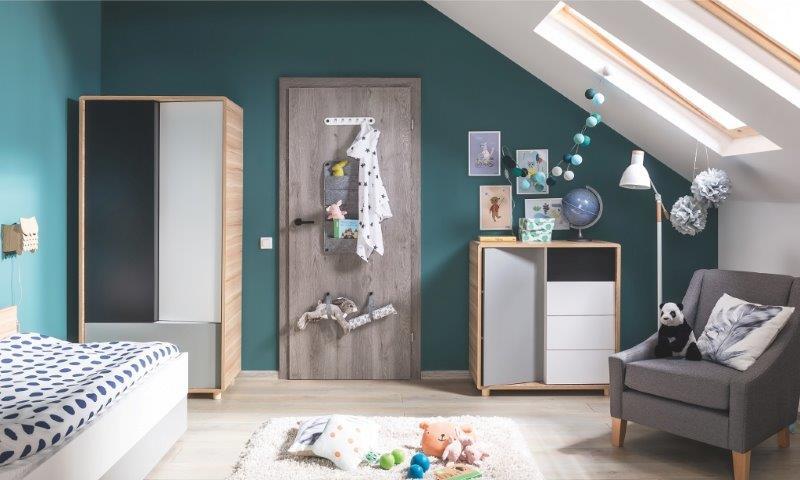 Drzwi SMART w pokoju