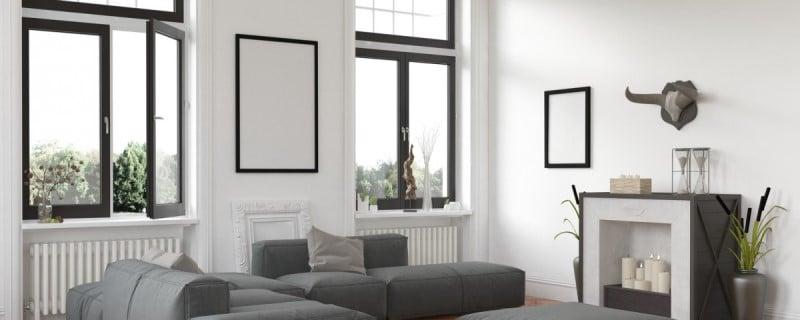 Szare okna są modne i ciekawie wyglądają we wnętrzach pełnych tego koloru