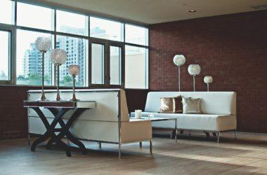 Wnętrza w klimacie starej fabryki – jak urządzić mieszkanie w stylu industrialnym