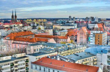 Zamieszkać we Wrocławiu – w mieście czy na obrzeżach?