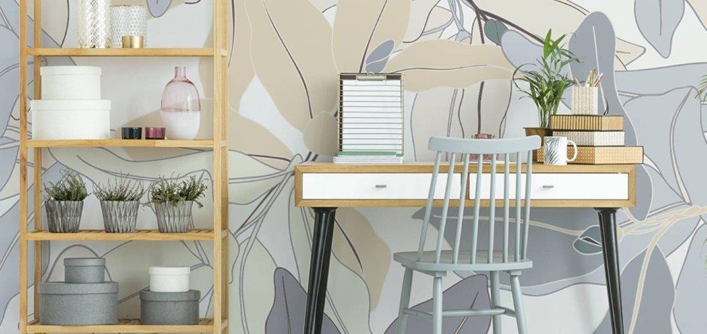 Fototapeta w delikatnych kolorach ze sklepu PIXERS jako dekoracja miejsca do pracy