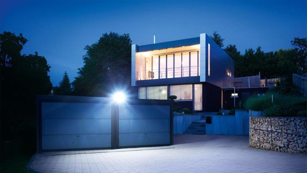Steinel - inteligentne oświetlenie domu