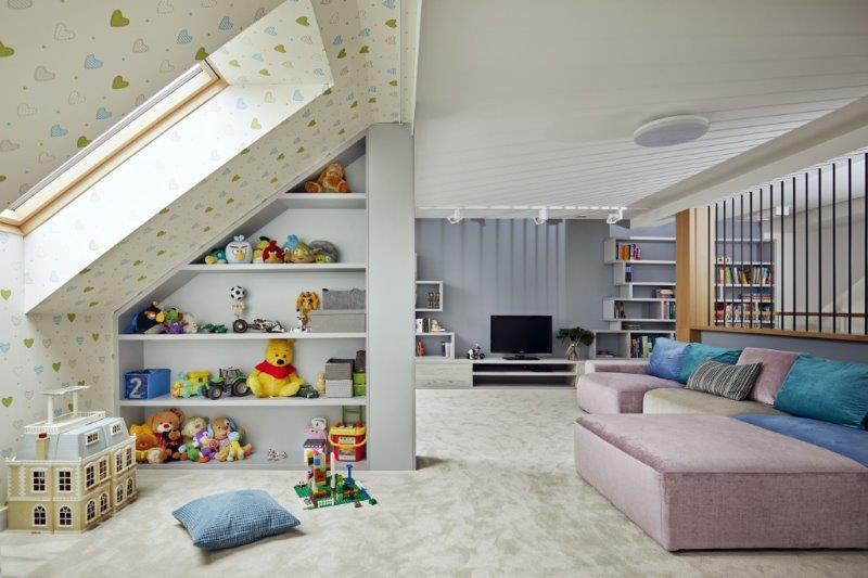 Przestrzeń na poddaszu - Kaza Interior Design