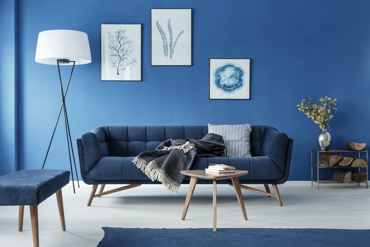 Modny niebieski salon 2020