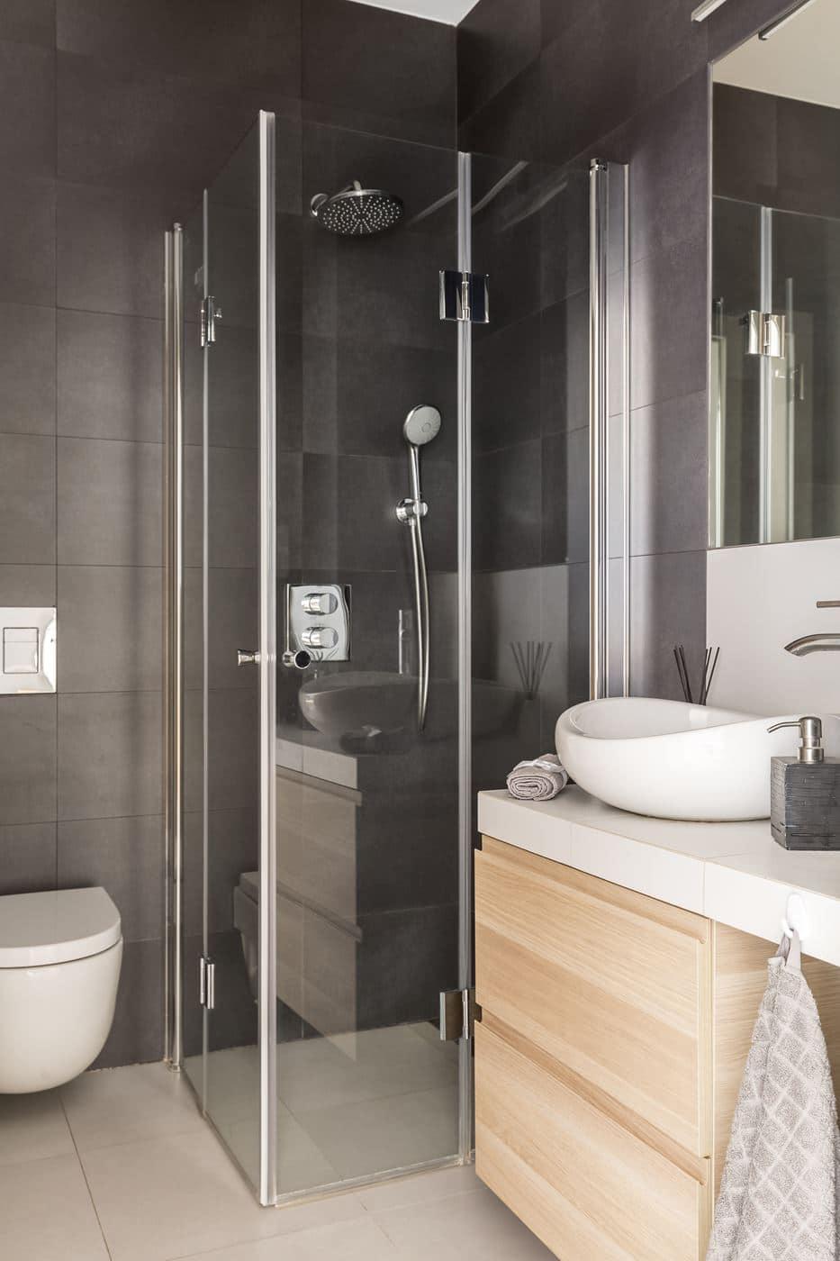 Aranżacja łazienki w bloku