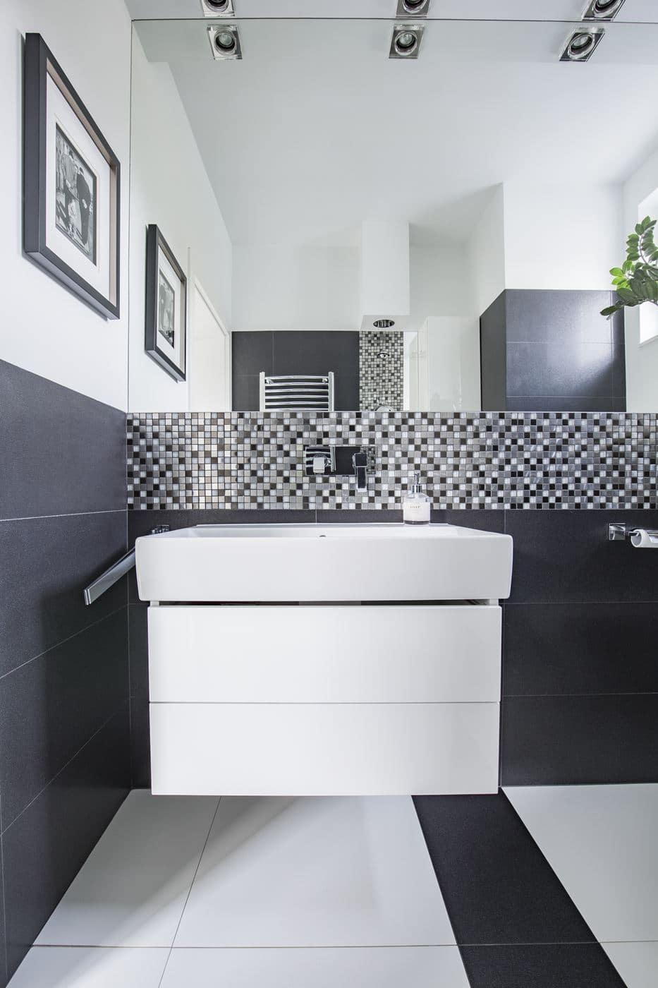 Elegancka łazienka w bloku