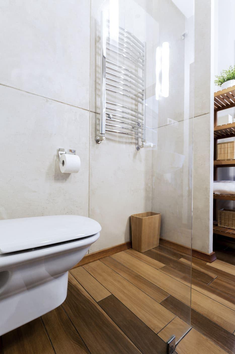 piękna łazienka w bloku