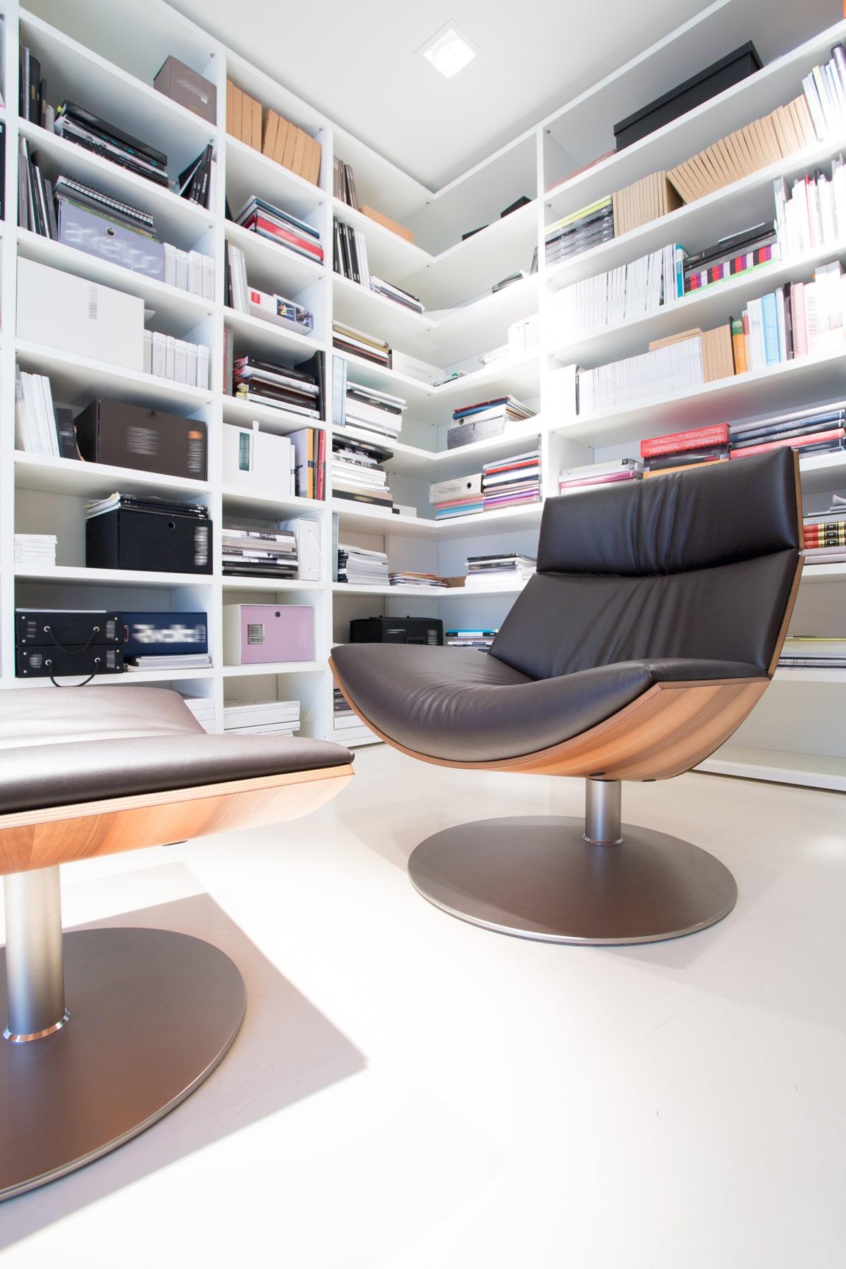 pomieszczenie biblioteczka w domu