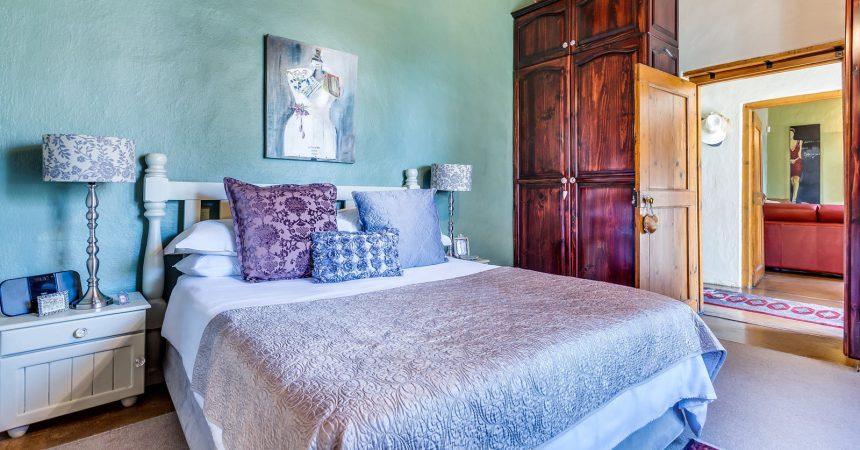 Wybór szafy do sypialni – jak sobie z tym poradzić?