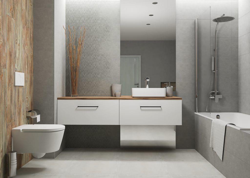 łazienka z lustrem i umywalką wolnostojącą