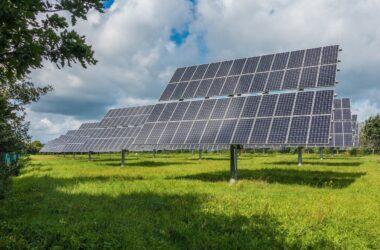 Odnawialne źródła energii i ich znaczenie w budowaniu bezpiecznej przyszłości